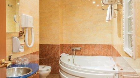 Bathroom Hotel Complejo ATH Real de Castilla