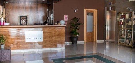 24-HOUR RECEPTION ATH Al-Medina Wellness Hotel