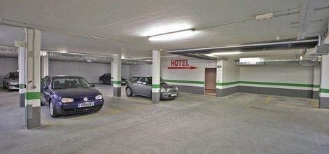 PRIVATE CAR PARK ATH Enara Boutique Hotel
