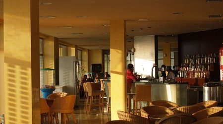 Cafe Bar ATH Roquetas de Mar Hotel