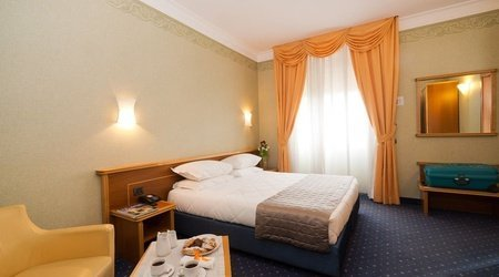 Stardard Room ELE Green Park Hotel Pamphili