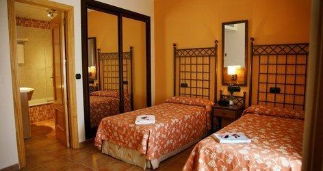 DOUBLE ROOM ELE Santa Bárbara Sevilla Hotel