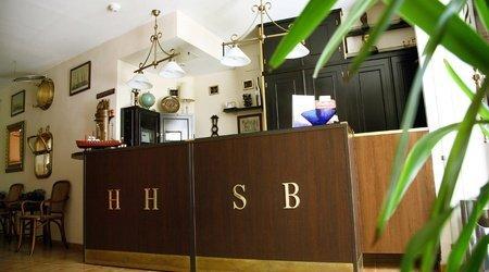 reception ATH Santa Bárbara Sevilla Hotel
